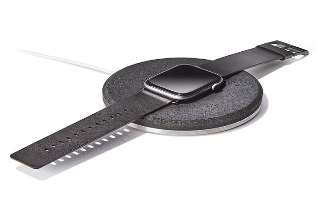 Grovemade: Enhance Your Desk Space Using These Apple Charging Watch