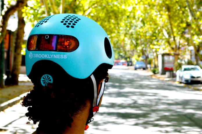 CLASSON: World's Most Intelligent Bike Helmet-GadgetAny