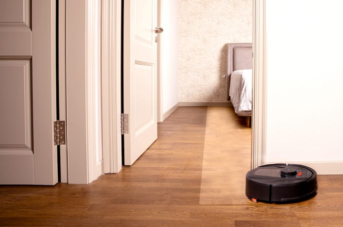 HaierTAB: The Best Tangle Free Robot Mop & Vacuum-GadgetAny