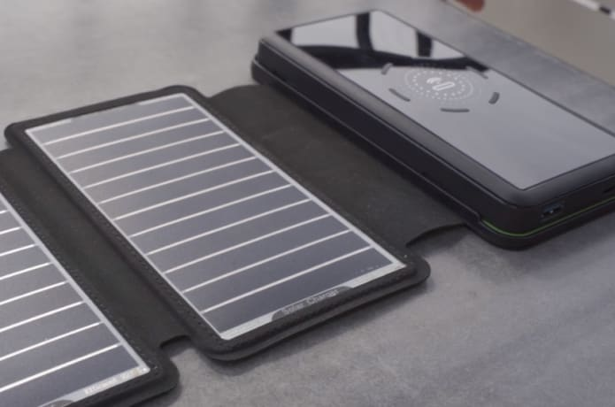 SolarBar: Most Efficient Solar Wireless Charger-GadgetAny