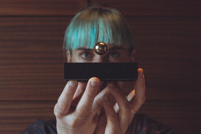 Buda Ball: a levitating sphere-GadgetAny